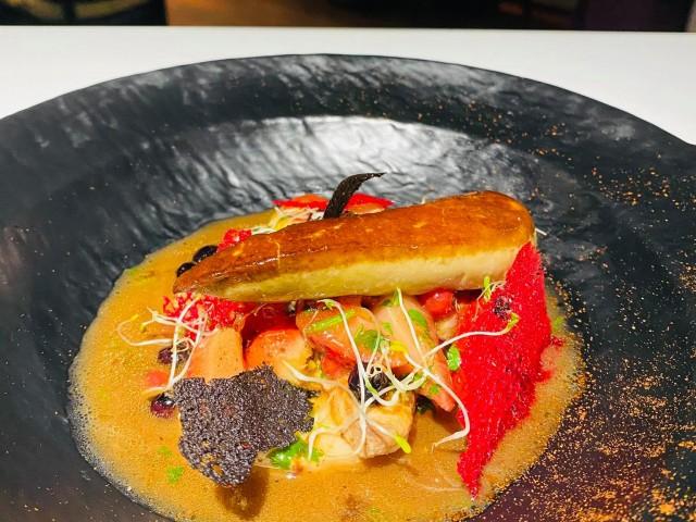 Le Soufflé Foie gras au fruit rouge